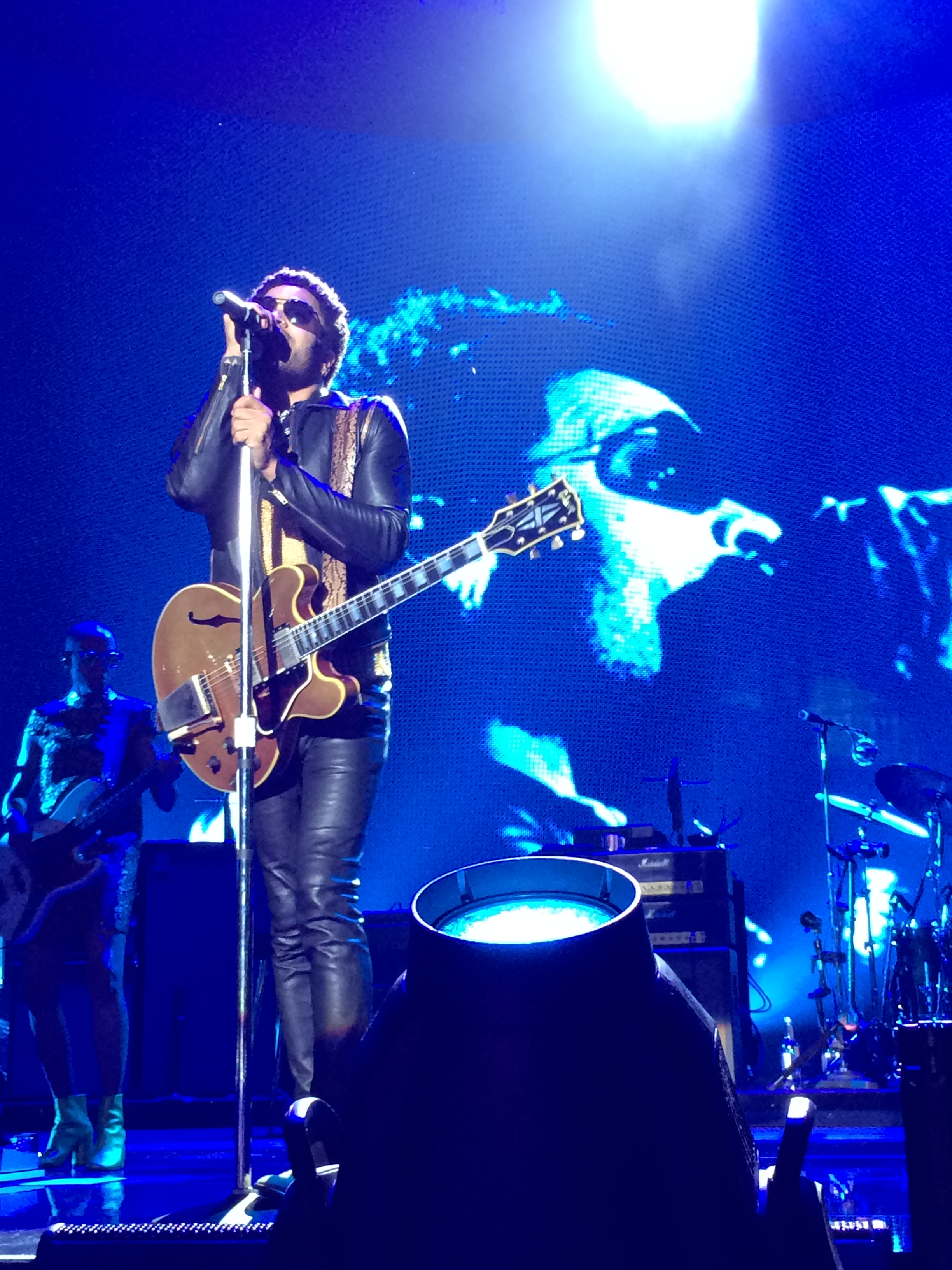 Lenny kravitz a milano it s all about love recensione for Lenny kravitz milano